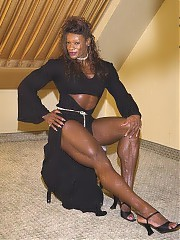 Muscle black women -  the beautiful female bodybuilders in the world, from fitness girls, and sport athletes